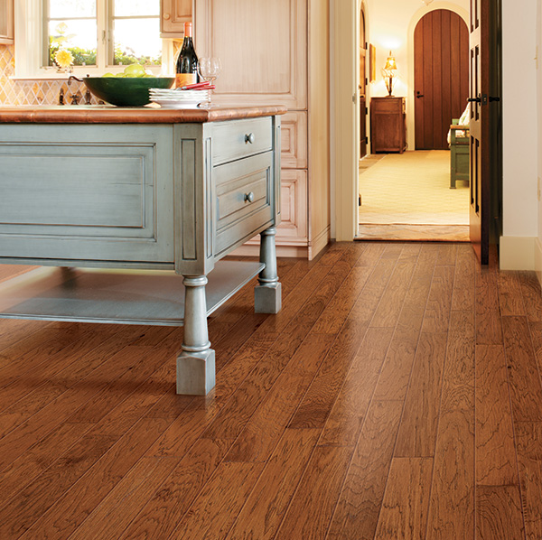 Revolution wood look laminate planks