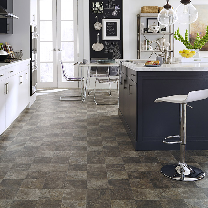 Linoleum Kitchen Flooring Pictures: Resilient, Laminate, Hardwood