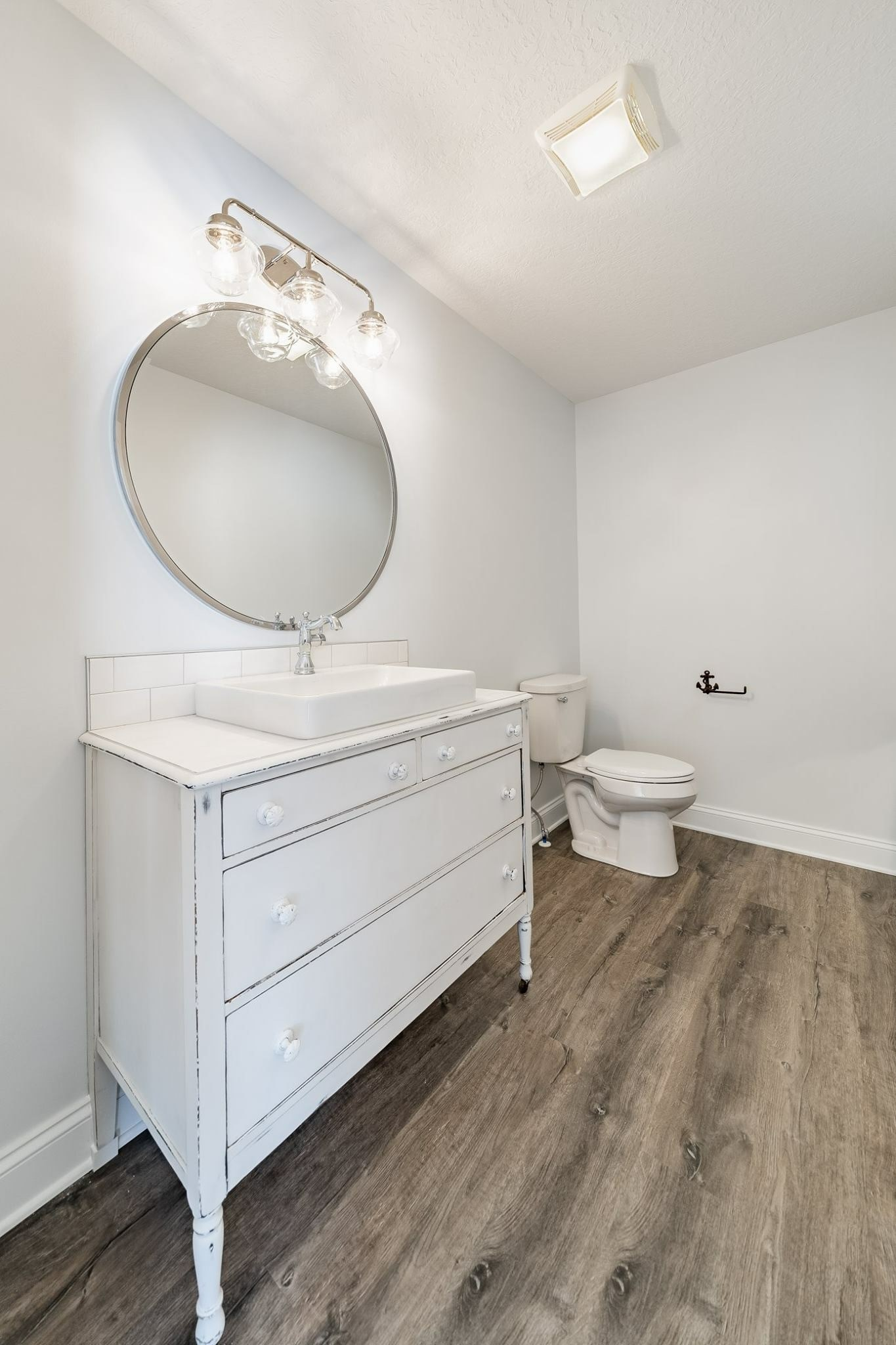Bathroom Vinyl Plank Flooring