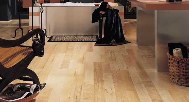 Mannington Natural Berkshire Maple Laminate Flooring - 56012L